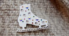 Ice Skate Brooch - Tatty Devine
