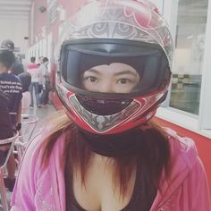 いいね!10件、コメント1件 ― Aestheticsさん(@itshaylieeeee)のInstagramアカウント: 「Went go-karting! #go-kart #racing #fun #gokart #fun #happy #joy #party」