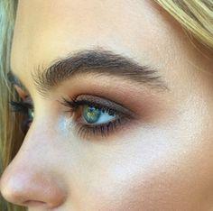 blush smokey eye