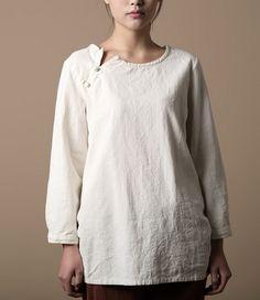 asymmetrical collar - love the linen look