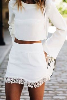 summer outfits White Top + White Fringe Skirt