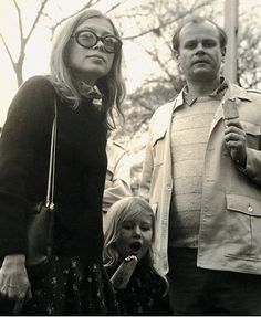 Joan Didion John Gregory Dunne And Their Daughter Quintana Roo 1970