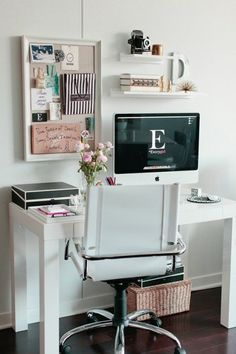 {Home Sunday} Room Redo: Crisp White Home Office || Pretty Pear