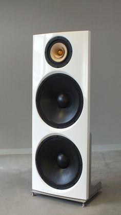 Power Trio 1772 Bausatz Desktop Speakers, Diy Speakers, Built In Speakers, Wireless Speakers, Horn Speakers, Audiophile Speakers, Hifi Audio, Open Baffle Speakers, Speaker Box Design