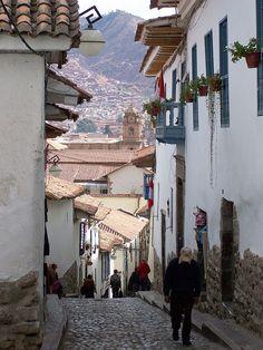 A Stiff uphill walk to San Blas, Cuzco, Peru