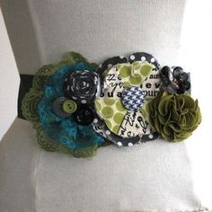 I love this belt. It would look super cute with a dress I just bought.