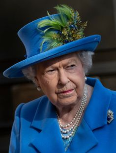 Queen Celebrates Intelligence Agency's Centennary Queen Hat, Feb 14, I Am A Queen, Amber Beads, The Crown, British Royals, Queen Elizabeth, Celebrities, Pretty