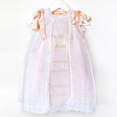 Baby girl dress in Swiss voile. Los Encajeros