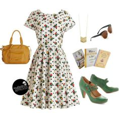 Mixing prints? Don't be intimated by pairing florals with polka dots!