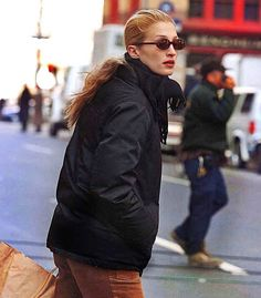 Carolyn Bessette Kennedy, John F Kennedy, Fall Accessories, Fashion Accessories, Jfk, Canada Goose Jackets, Autumn Fashion, Fall Winter, Winter Jackets