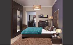 """Sypialnia GRESS, wenge  Duża, 3 - drzwiowa szafa może zostać dodatkowo powiększona o segment """"nadstawki"""", który w znaczący sposób powiększa pojemność mebla. Pionowe lustro dopełnia funkcjonalność tej bryły podnosząc codzienny walor użytkowy."""