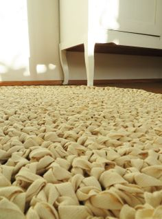 Cotton round rug, hand made