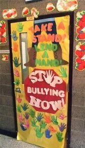 FREE IDEA : Students Decorate Classroom Doors For Anti-Bullying, Kindness Week - Schools