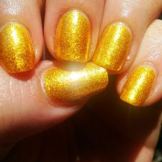 Liquid gold. Sinful Colors 'All About You' (old formula) over Literary Lacquers 'Curious Yellow'.