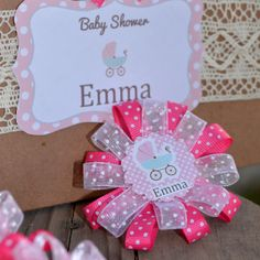 distintivos-2-festa-baby Baby Shower Mixto, Distintivos Baby Shower, Baby Shower Vintage, Baby Shower Flowers, Baby Shower Favors, Shower Gifts, Decoracion Baby Shower Niña, Minnie Mouse Baby Shower, Baby Shawer