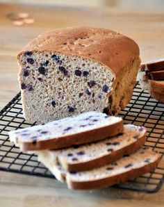 No-Knead Whole Wheat Cinnamon Blueberry Bread - Can't wait to make this and make some french toast with it!