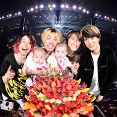 eloved our lead singer. Happ And welcome to the Takahiro Morita, Takahiro Moriuchi, Six Feet Under, One Ok Rock, First Story, Birthday Messages, Cultura Pop, Music Love, Rock Bands