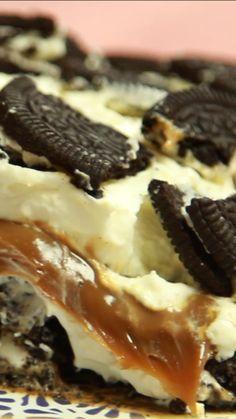 No-Bake Oreo Dessert - New ideas Just Desserts, Dessert Recipes, Snack Recipes, No Bake Oreo Dessert, Deli Food, Yummy Food, Tasty, Dessert For Dinner, Cookies Et Biscuits