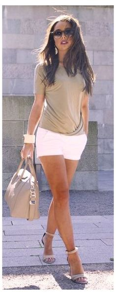 Summer Shorts Outfits, Trendy Summer Outfits, Short Outfits, Casual Outfits, Casual Shorts, Classy Shorts Outfits, Casual Dressy, Classy Casual, Classy Chic