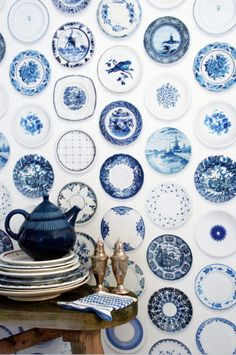 Porcelain wallpaper in blue by Studio Ditte is totally inspired by blue tableware. Different shades of blue and graceful scenes gives the wallpaper a nice old Dutch feeling. The modern pattern makes it a wall decoration from today for any contemporary interior. Version Blue plates Material Non woven wallpaper, water cleanable   Dimensions 6 m long x 48,5 cm wide  The pattern repeats after 3 m