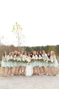 every last detail | wedding inspiration | bridesmaids | mint dresses | 14 bridesmaids | big wedding party photography
