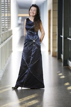 """Nobel Prize Recipient Accepts Her Award In A Dress Featuring The Neurons She Discovered"" - fashionablygeek.com"