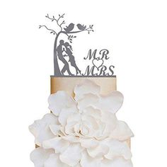 Sugar Yeti Brand Made in USA Cake Toppers Bride and Groom Kissing Each Other Under Tree Wedding Cake Toppers Wedding Decoration Acrylic Cake Topper for Special Events