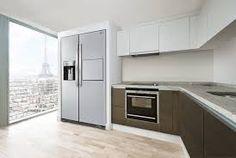 k che ganz in wei mit keramikarbeitsplatte sp linsel und gro en side by side k hlschrank. Black Bedroom Furniture Sets. Home Design Ideas