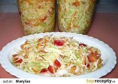 Zelný salát do zásoby recept - TopRecepty.cz Slovak Recipes, Salty Foods, Clean Recipes, Vegetable Recipes, Guacamole, Healthy Life, Cabbage, Food And Drink, Homemade