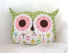 Cute owl pillows by Tabetha