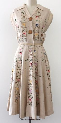 50 Super Ideas For Vintage Dresses Skirts Pretty Outfits, Pretty Dresses, Beautiful Outfits, Model Victoria, Retro Fashion, Vintage Fashion, Fashion Fashion, Club Fashion, Fashion Black