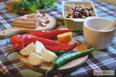 Chili con carne- variațiuni pe o temă veche — Adi Hădean Feta, Cheese, Chili Con Carne
