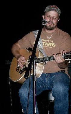 Jamey Johnson by Gracefullally, via Flickr Country Singers, Country Music, Jamey Johnson, Outlaw Country, My Favorite Music, Comedians, Guitars, Musicians, Pop Culture