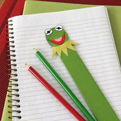 Being the magnanimous leader that he is, Kermit is ever ready to hop to it when someone in the Muppet world needs a helping hand.