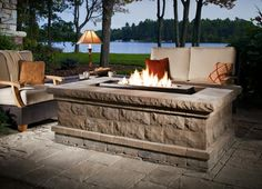 Outdoor Fireplaces & Pizza Ovens