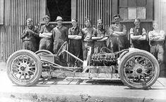 The 1910 Sensational Comet V-8 - Powered Underslung