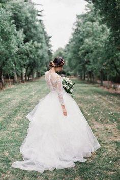 38 Stunning Layered Tulle Wedding Dresses | HappyWedd.com #PinoftheDay #stunning #layered #tulle #wedding #dresses