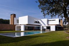House in La Moraleja by Dahl Architects and GHG Architects_10_delood.jpg