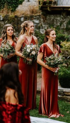 Bridesmaids Luxe Velvet bridesmaids dresses by Jenny Yoo! These stunning gowns in this rustic shade Burnt Orange Bridesmaid Dresses, Mismatched Bridesmaid Dresses, Bridesmaids And Groomsmen, Wedding Bridesmaid Dresses, Bridesmaid Dress Sleeves, Autumn Bridesmaids, Infinity Dress Bridesmaid, Bohemian Bridesmaid, Sleeve Dresses