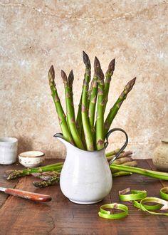 Voileipäkakku rengasvuoassa – Perinneruokaa prkl | Meillä kotona Parsa, Plants, Plant, Planets