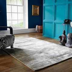 With its high gloss finish and rich impressive hues this Cairo rug by Luxmi in a Champagne colour is a floor stunner with maximum visual appeal. Cairo rugs have a high density, high quality Viscose pile with a seriously silky sheen that produces varying c Affordable Rugs, Rug Sale, Champagne Color, Rugs Online, Cairo, Hand Weaving, Designer Rugs, Inspiration, Free Uk
