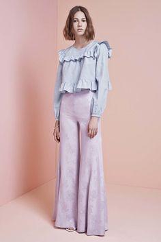 Jill Stuart Resort 2017 Fashion Show Fashion 2017, Look Fashion, Runway Fashion, High Fashion, Fashion Show, Womens Fashion, Fashion Design, Fashion Trends, Ideias Fashion