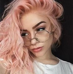 What You Need to Know About Having Pastel Hair hair art What You Need to Know About Having Pastel Hair Dye My Hair, New Hair, Twisted Hair, Pastel Pink Hair, Light Pink Hair, Short Pastel Hair, Dyed Hair Pink, Peachy Pink Hair, Pastel Nail