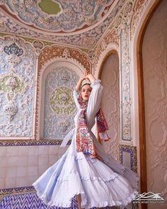 Including visits to 7 UNESCO World Heritage Sites Destination:Tehran,MaranjabDesert,Kashan,Isfahan,Shiraz Duration: 8 nights Price: Iranian Women Fashion, Muslim Fashion, Hijab Fashion, Womens Fashion, Fashion Dresses, Visit Iran, Persian Beauties, Persian Architecture, Shiraz Iran