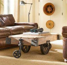 Otro elemento a tener en cuenta puede ser una simple mesa baja con 4 ruedas de tipo ferroviaria o en su defecto industriales de goma.