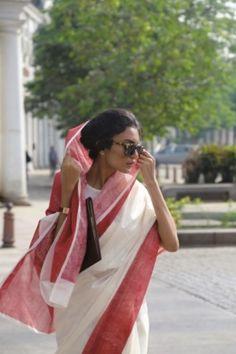 Saree Jewellery, Elegant Saree, Traditional Sarees, Indian Fashion, Ethnic Fashion, Style Fashion, Casual Chic, Kimono Top, Glamour