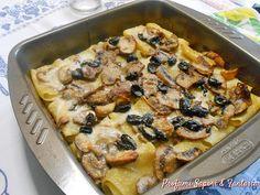 I paccheri gratinati con funghi e olive nere si può annoverare fra le preparazioni della domenica o dei giorni festivi. Gustosi e saporiti saranno graditi.