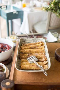 Sunflower fruit tray: mango petals with blackberry center; strawberries for garnish. Ramen Recipes, Cooking Recipes, Dinner Recipes, Cheesy Chicken, Baked Chicken, Quesadillas, Pop Up Dinner, Easy Homemade Pizza, Cupcake Tutorial