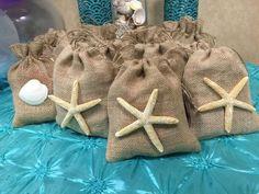 Für unsere Meerjungfrau-Party zum Kindergeburtstag suchen wir noch nach einer hübschen Idee für die Mitgebsel. Diese gefällt uns sehr gut. Vielen Dank dafür Dein blog.balloonas.com #kindergeburtstag #motto #mottoparty #balloonas #meerjungfrau #mermaid #arielle #unterwasser #favor #gastgeschenk #mitgebsel #give-away