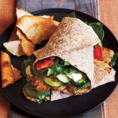 These wraps are full of delicious fresh flavor. Summertime, or anytime, this will be your new go-to. Serve with pita chips.View Recipe: Tempeh Greek Salad Wraps l Tempeh, Summer Entrees, Summer Recipes, Hamburgers, Vegetarian Recipes, Cooking Recipes, Healthy Recipes, Healthy Wraps, Vegetarian Sandwiches